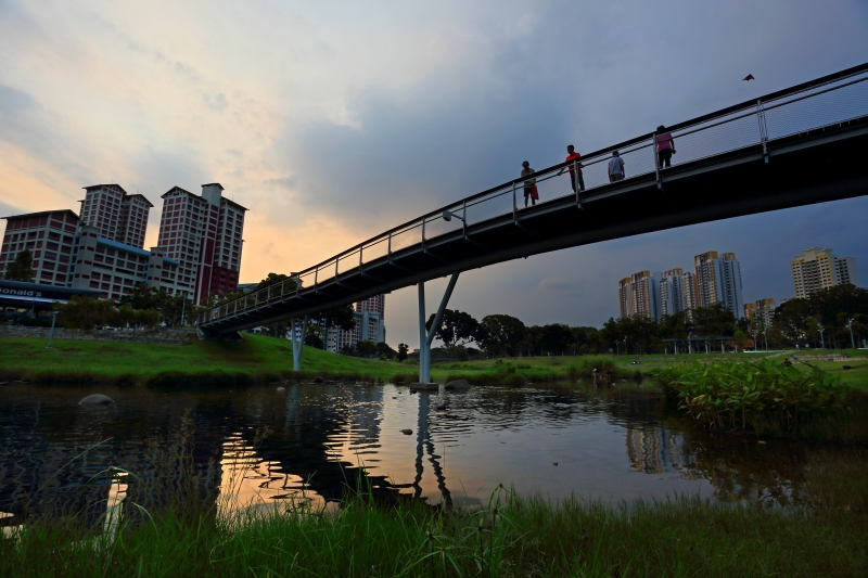 Bridge at Bishan-Ang Mo Kio Park