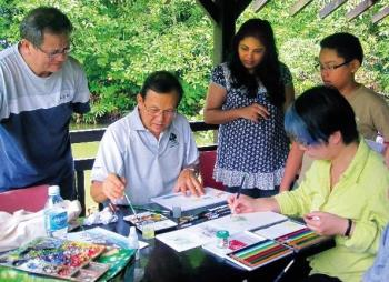 Nature sketching activity with volunteer Mr Tham Pui San.